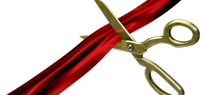 Grand-Opening-ribbon-cutting.jpg.pagespeed.ce_.d8XpWZ6Pjb-0609e1